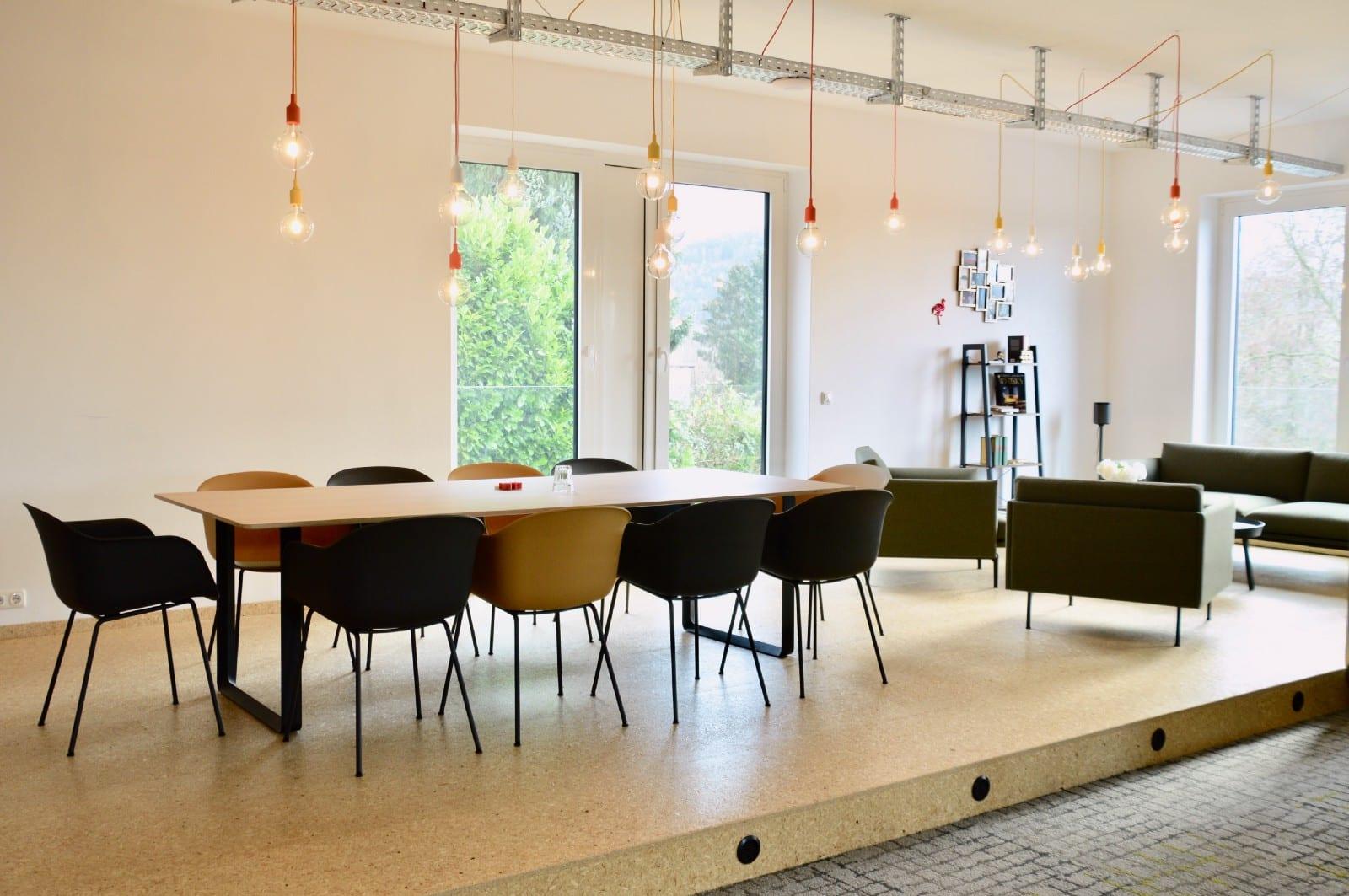 Lounge- und Essbereich des Coworking Space Kinzig Valley
